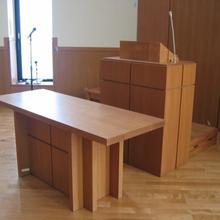教会の家具1